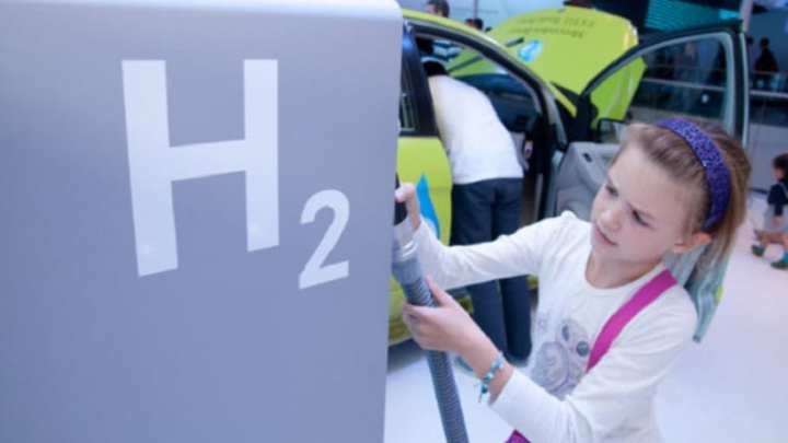 FaHyence is Europe's first fuel station to produce on-site clean hydrogen fuel