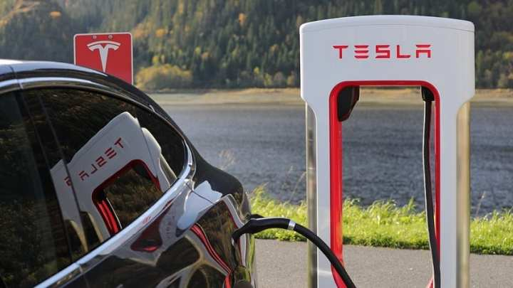 Norway EV sales surpass gas and diesel vehicles in March, breaking records