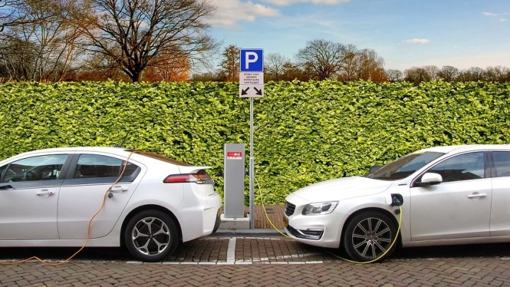 More consumers will buy electric cars because of the pandemic, says study