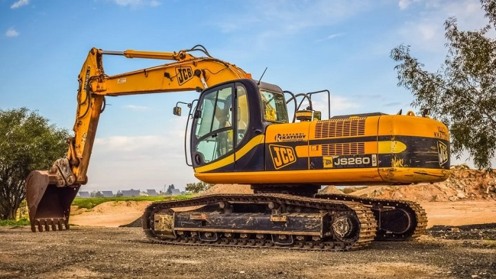 JCB moves ahead with hydrogen fuel cell excavator