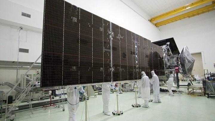 Research team develops high-performance hybrid solar energy converter