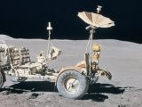 Closed cathode hydrogen fuel cells - Image of Lunar Rover Vehicle