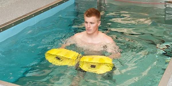 How Aquatic Rehabilitation Reduces Injury Rehab Time