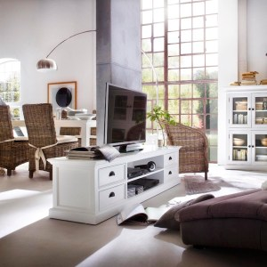 Choosing an Entertainment Unit that suits your Family Room Best