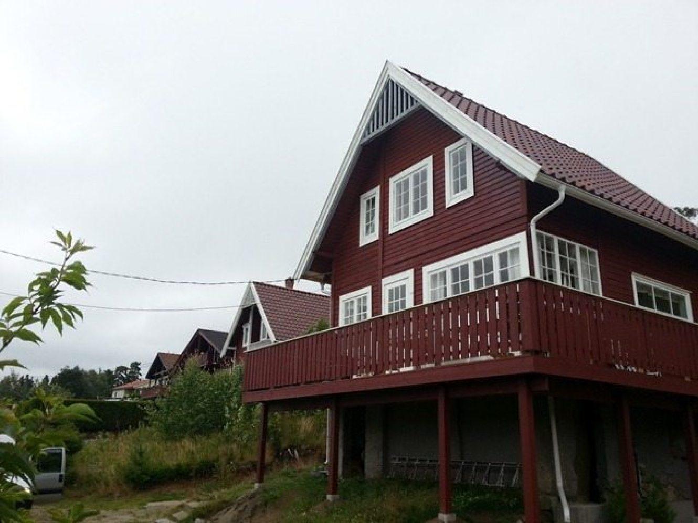 To hytter hvor vi har lagt om taket med taksten