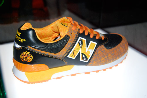 New Balance China Mask 2