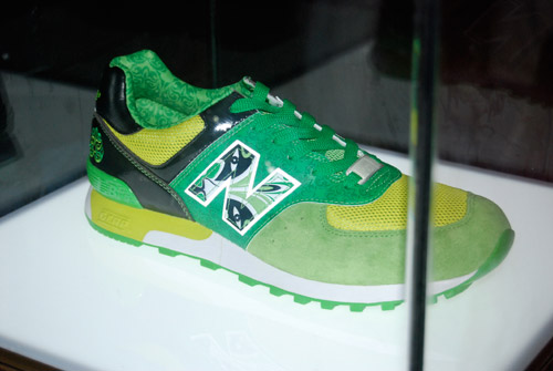 New Balance China Mask 3