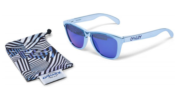 shaun white oakley limited edition frogskin sunglasses Shaun White x Oakley Limited Edition Frogskin Sunglasses