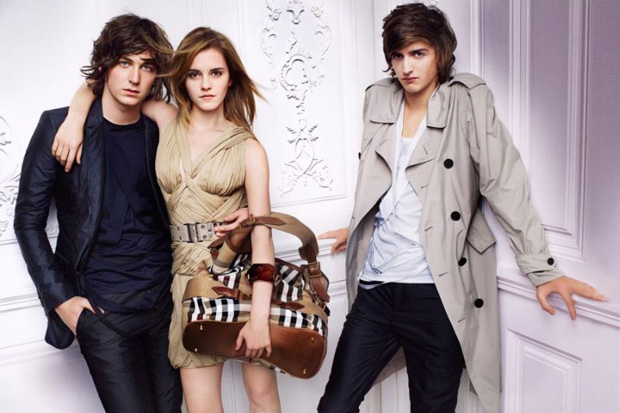 burberry 2010 spring ad campaign 12 Burberry 2010 Spring Ad Campaign
