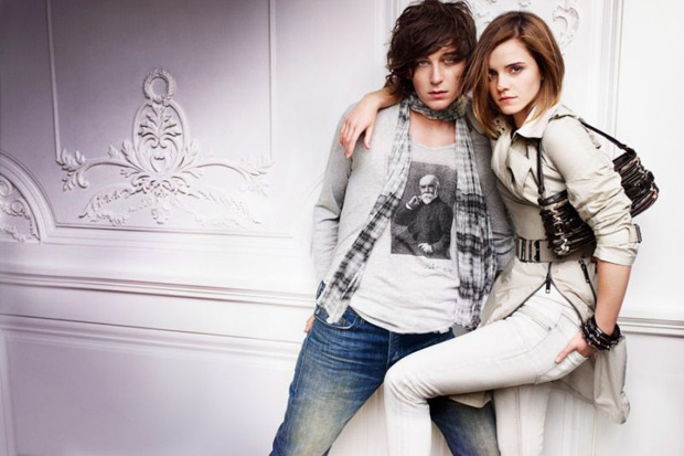 burberry 2010 spring ad campaign 4 Burberry 2010 Spring Ad Campaign