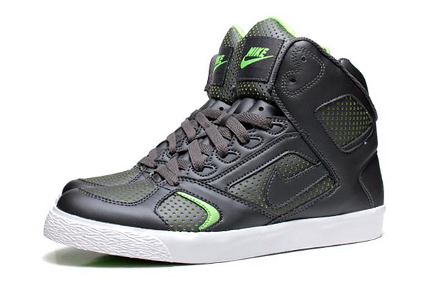nike auto flight 2010 spring dark grey green 1 Nike Auto Flight 2010 Spring Dark Grey/Electric Green