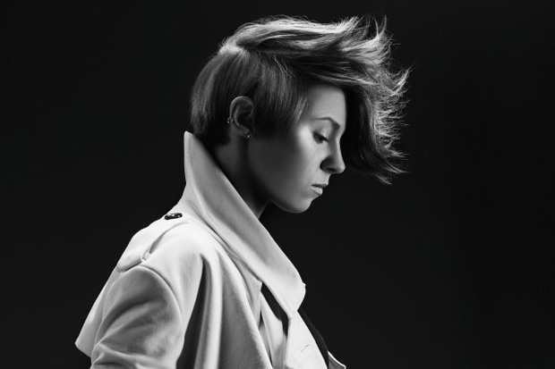 la roux in for the kill remix 1 La Roux featuring Kanye West   For The Kill (Remix)