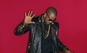 R KELLY DROPS A NEW SONG