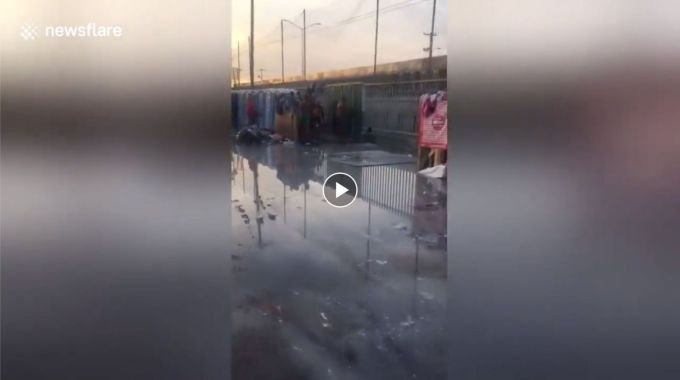 Mexico News: Migrants caravan in HORRIBLE conditions…Watch Video!
