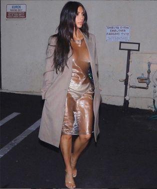 Smashing Kim Kardashian-7