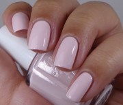 healthy nails and spring nail colors