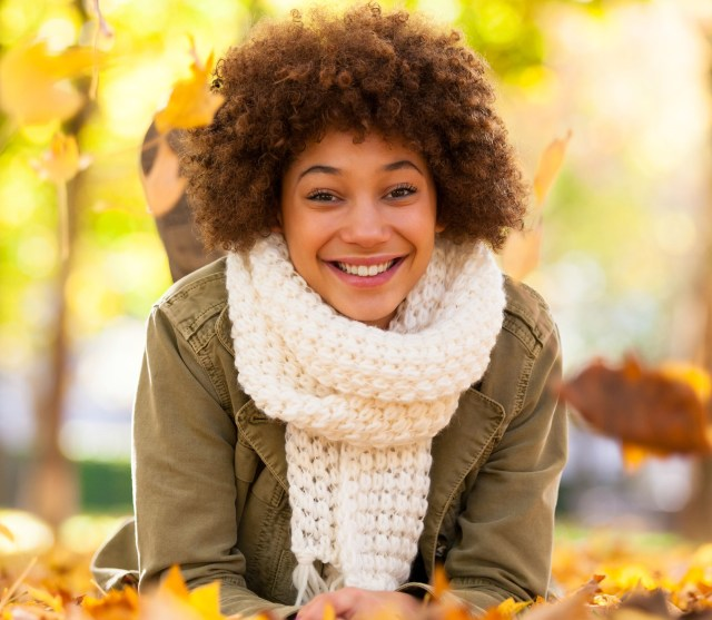 Black-Girl-Smiling-Fall-hypehair