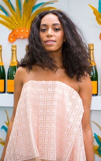 solange in miami - hypehair
