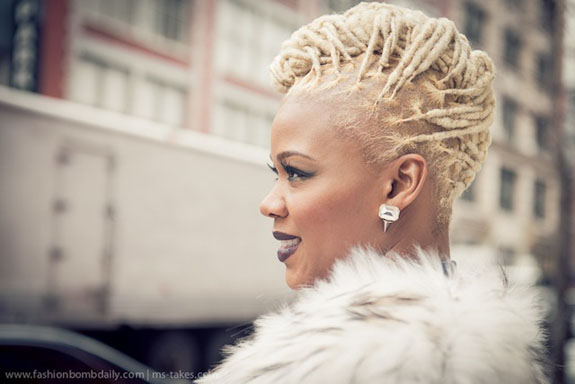 Mane Attraction 17 Times Fashion Bomb Dailys Claire Sulmers Blonde Locs Were DaBombcom