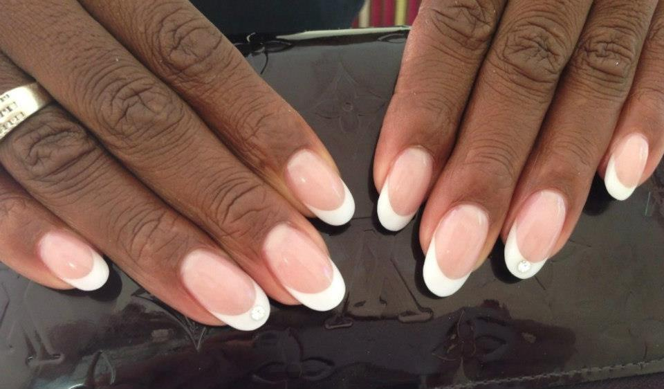 Oval Nails White