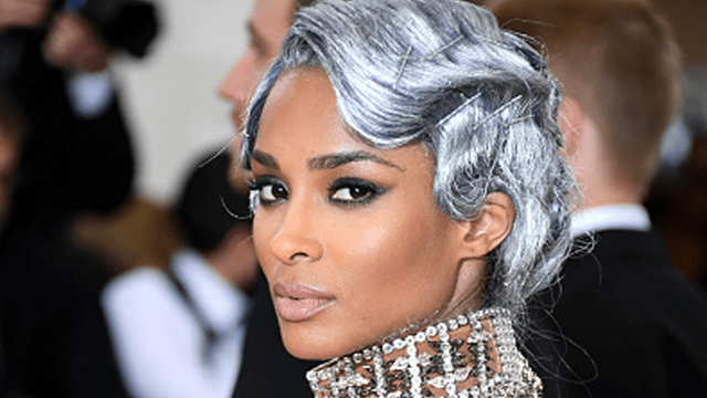 The Inspiration Behind Ciaras Stunning Silver Finger Waves