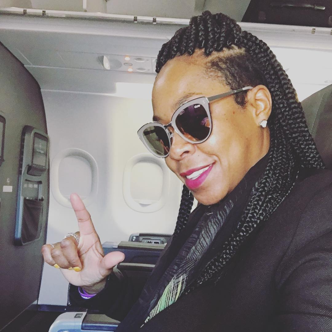 Tichina Arnold Gets Box Braids For Island Vacation