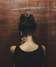 halle berry wows with edgy undercut