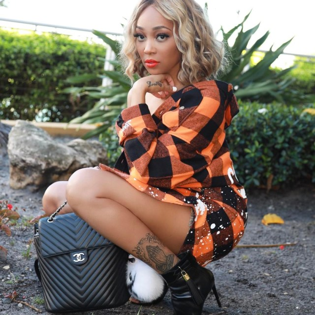 Monica Brown S New Bob Is Blonde Perfection