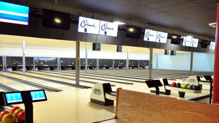 comet-bowling