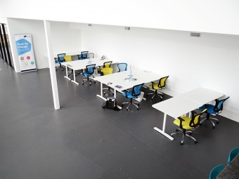 trurating-office-tables
