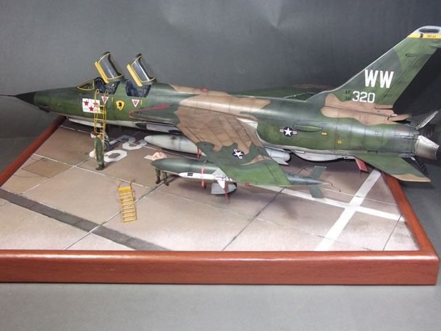 HobbyBoss 148 scale F105G Thunderchief by Ivan Aceituno
