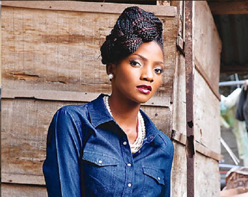 Angry Simi Reacts To Toyin Lawani's Statement That All Men Cheat In Relationships