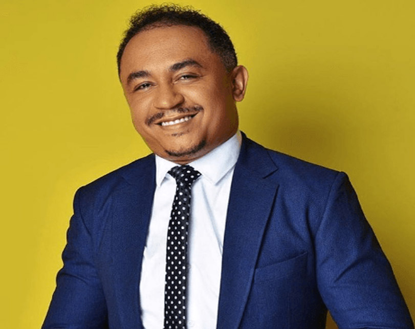 """If person wan kill you, no run o"" – Daddy Freeze replies Timi Dakolo"