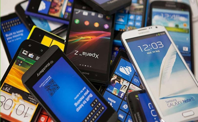 Why your phone battery loses charge after one year