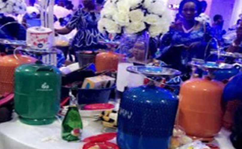 Photos: Nigerian Couple gives out camp gas cylinders and suitcases as souvenirs at their wedding