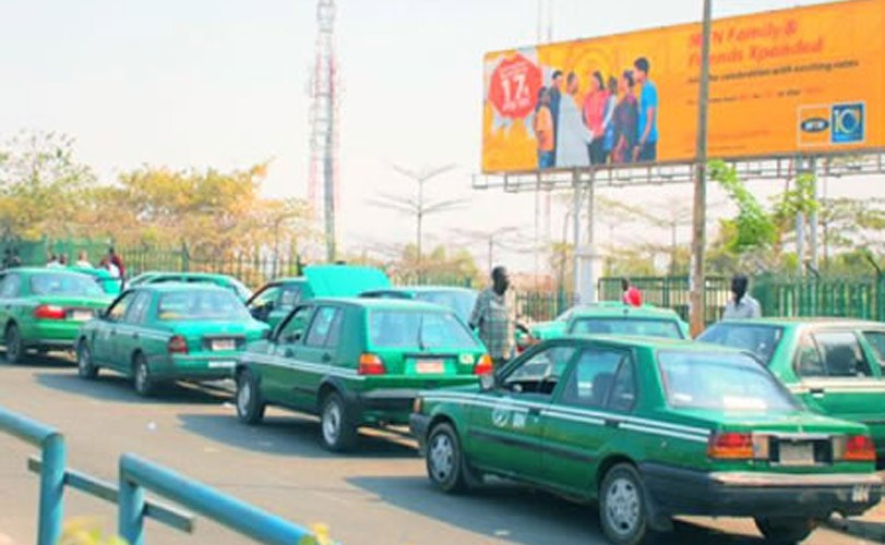 Abuja taxi drivers block roads, protest colleague's killing