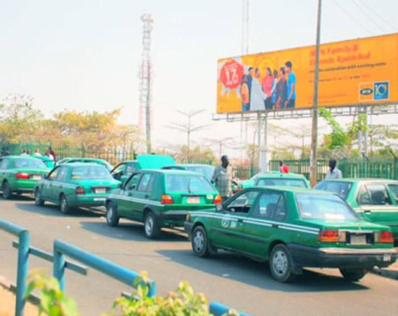 Abuja taxi drivers block roads, protest colleague's killing