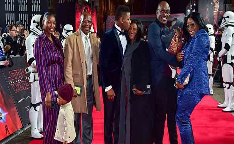 Photos: Hollywood actor' John Boyega takes his family members to the UK premiere of Star Wars