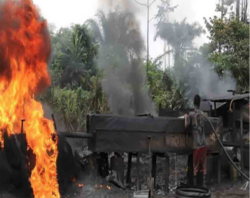 Fire kills 20 at illegal refinery in Bayelsa State