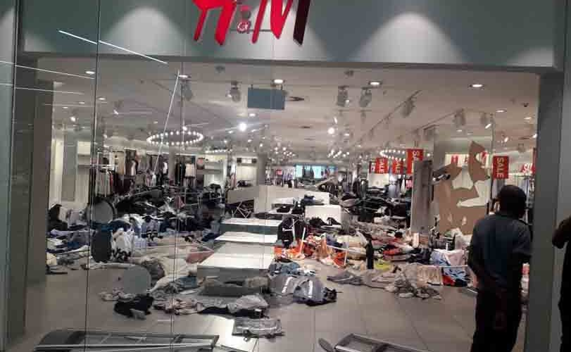 "Photo/Video: South Africans vandalize H&M shops over recent ""monkey"" advert"