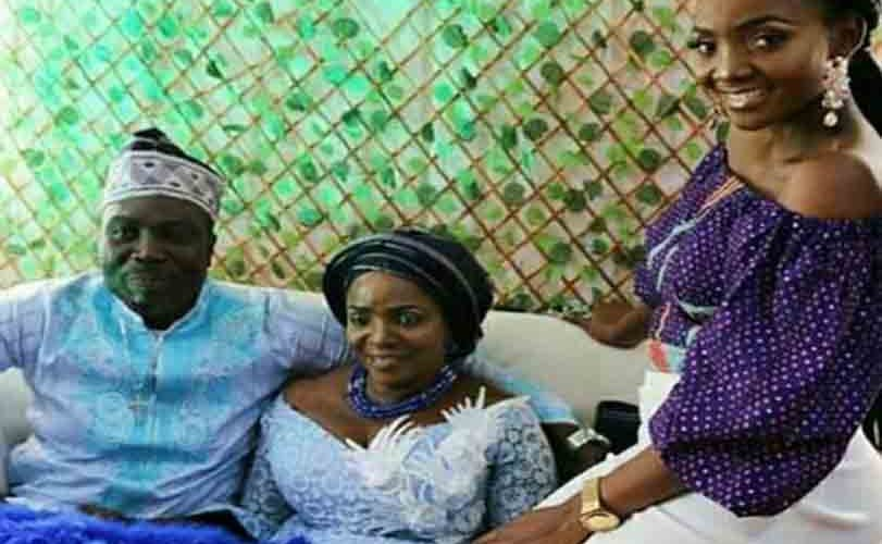 Photos: Simi is the chief bridesmaid as her 60-year old mum gets married today