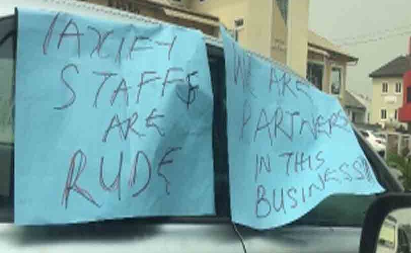 Photos: Taxify drivers stage a 'drivers not rapist' protest in Lagos