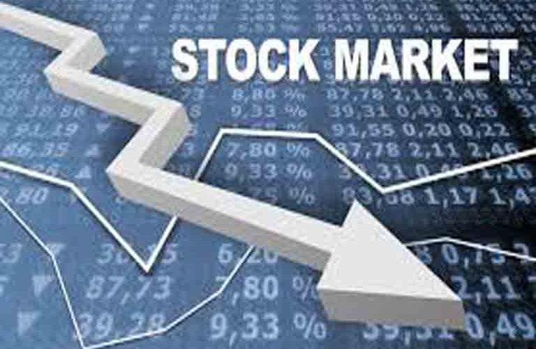 Market opens week bearish