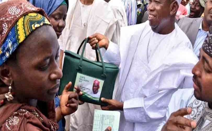 Kano State Governor, Umar Ganduje gives out delivery kits worth N140million to10000 pregnant women