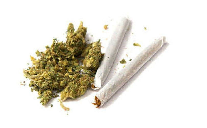 Canada legalizes marijuana for recreational use