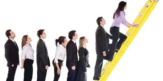 cara mengembangkan karir di perusahaan