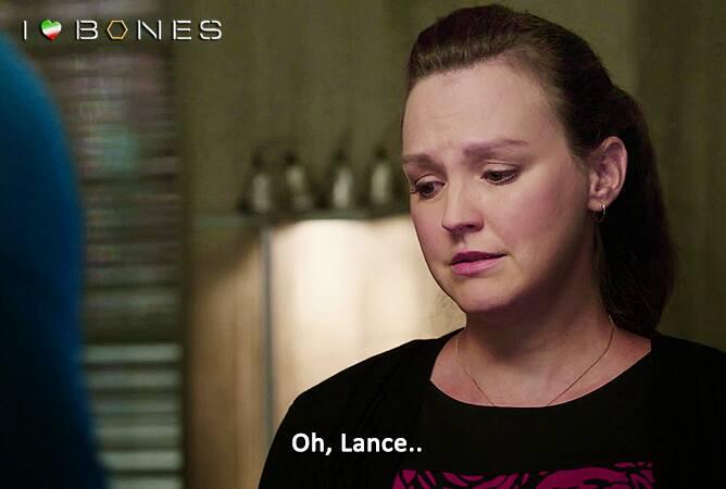 bones-10x01-daisy-piange-morte-lance-sweets