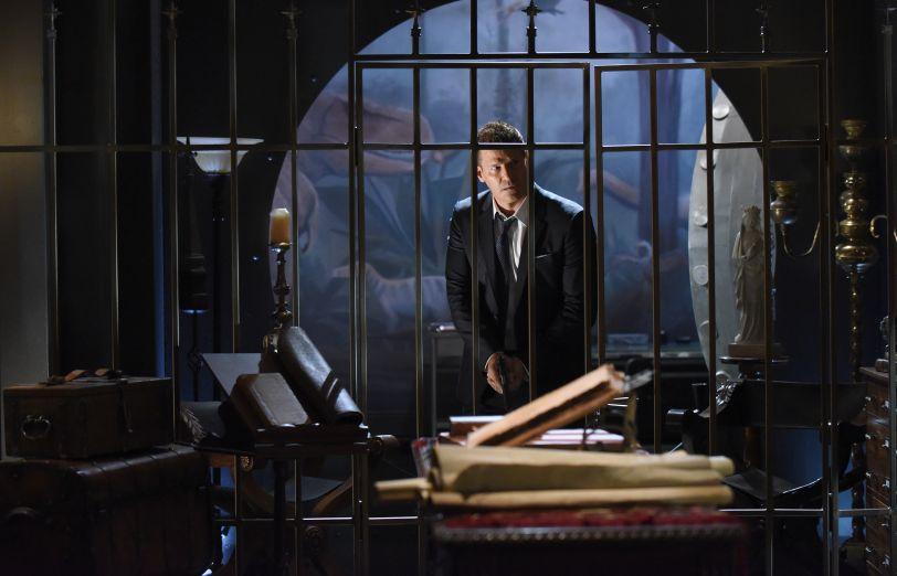 Bones 12x01 - Booth cerca Brennan nei sotterranei del Jeffersonian