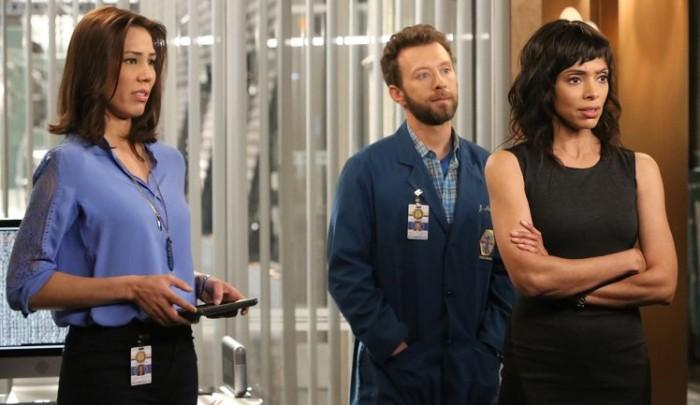 """Angela, Jack e Cam nell'episodio """"The Next in the Last"""""""