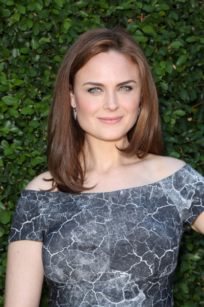 Emily Deschanel Organic Spa Magazine